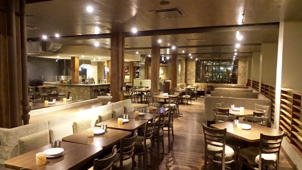 pinstripes chicago restaurant