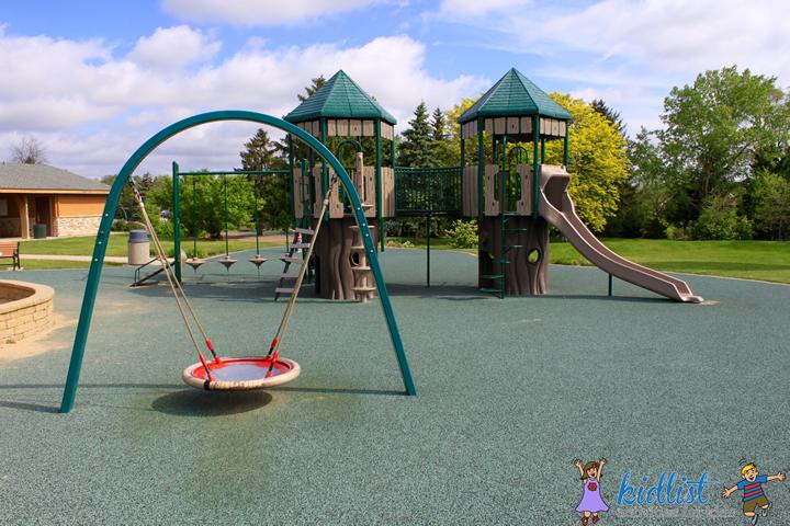 maryknoll park playground equipment