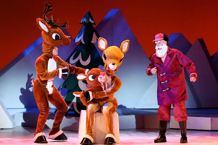 Rudolph Family_and_Santa
