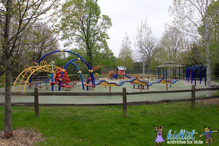 york-commons-park-elmhurst