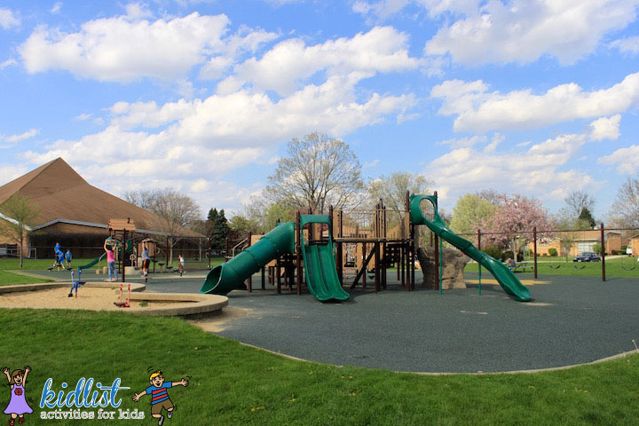 mayfair-park-playground