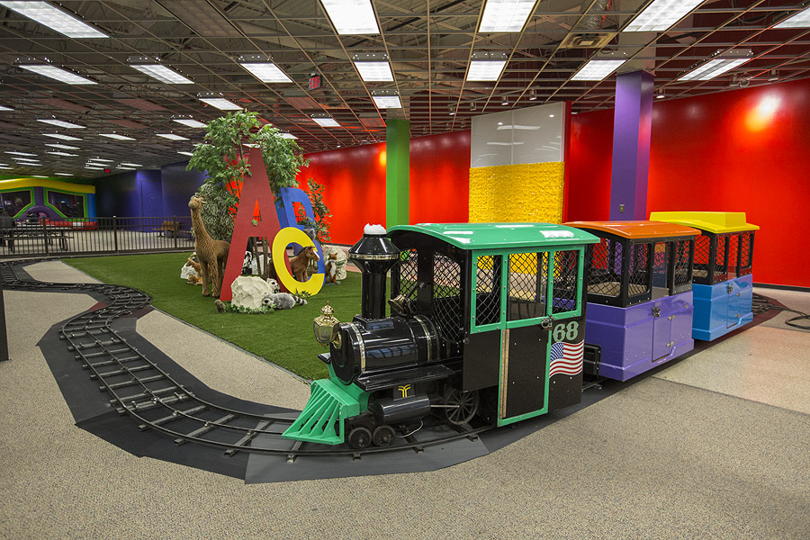 funflatables-yorktown-center-express-train-for-kids