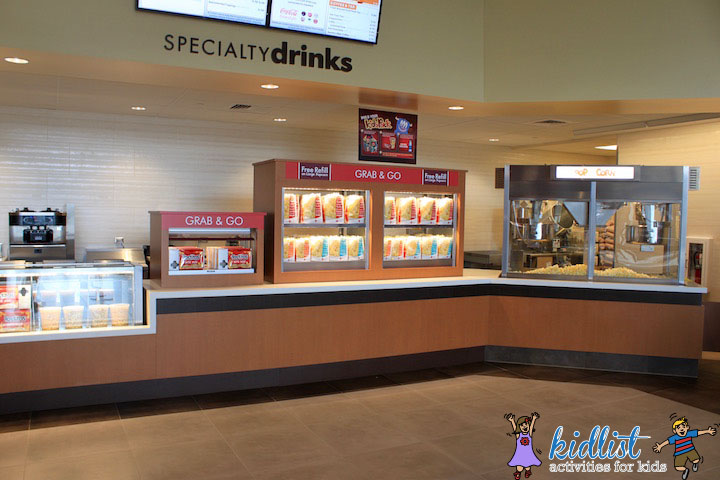 amc-oakbrook-12-marketplace-concessions