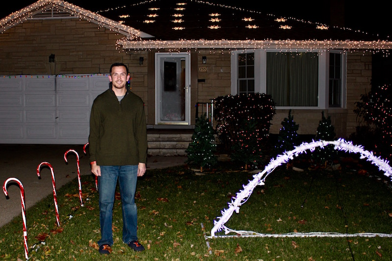 bob-sherman-the-man-behind-the-residential-holiday-light-show
