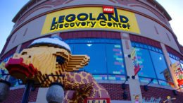 Giraffe made of LEGOs outside LEGOLAND in Schaumburg