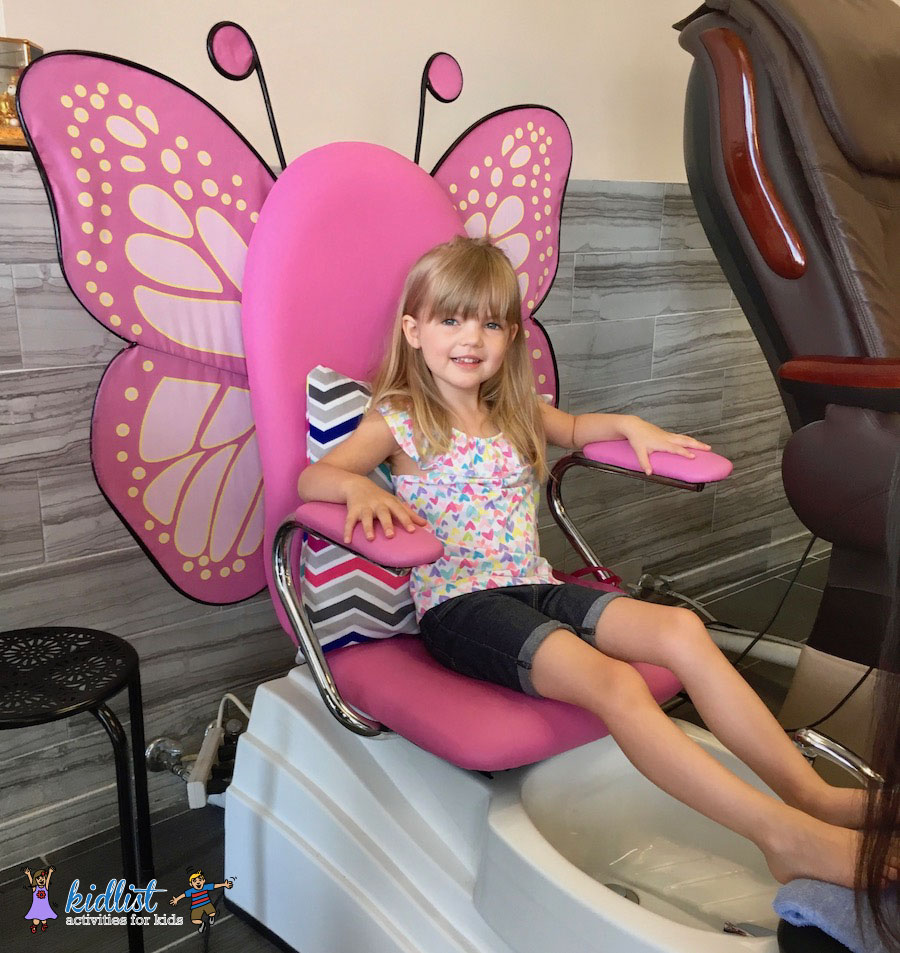 Super Kid Friendly Nail Salons In Chicagos West Suburbs Ibusinesslaw Wood Chair Design Ideas Ibusinesslaworg